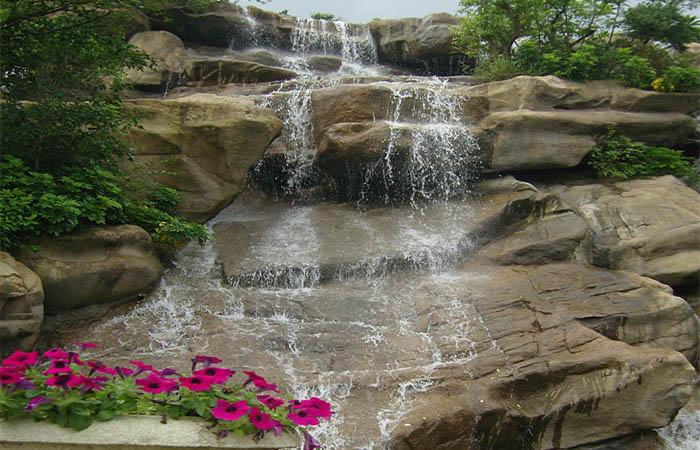 人工造景假山瀑布